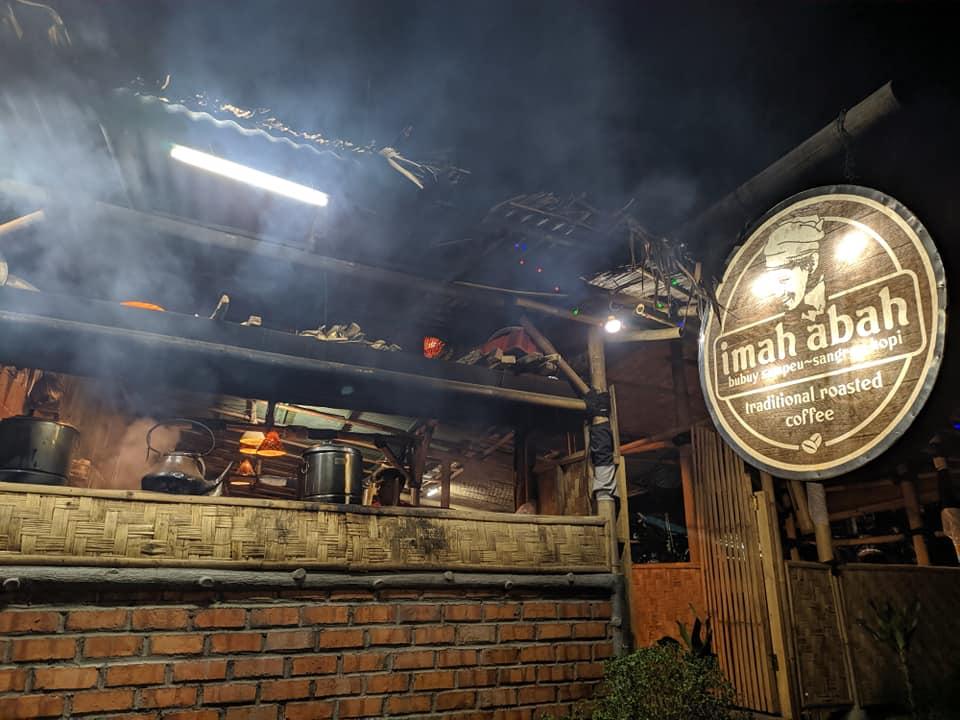Tradisional Sunda Imah Abah Sukabumi