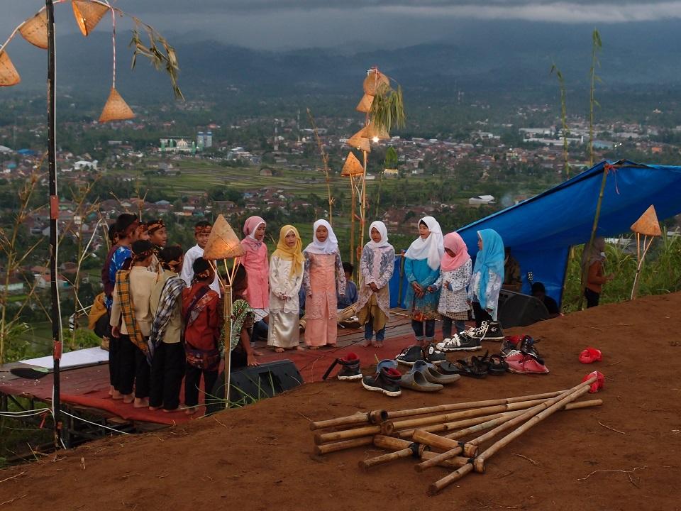 Wisata Gunung Sunda