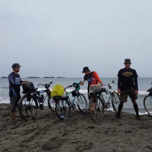 Menikmati Perjalanan Sepeda Ontehel Kota Sukabumi ke Pelabuhan Ratu