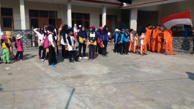 Peserta Upacara Kampung Cijati REMAJA PERMATTA Merayakan Hari Kemerdekaan HUT Republik Indonesia