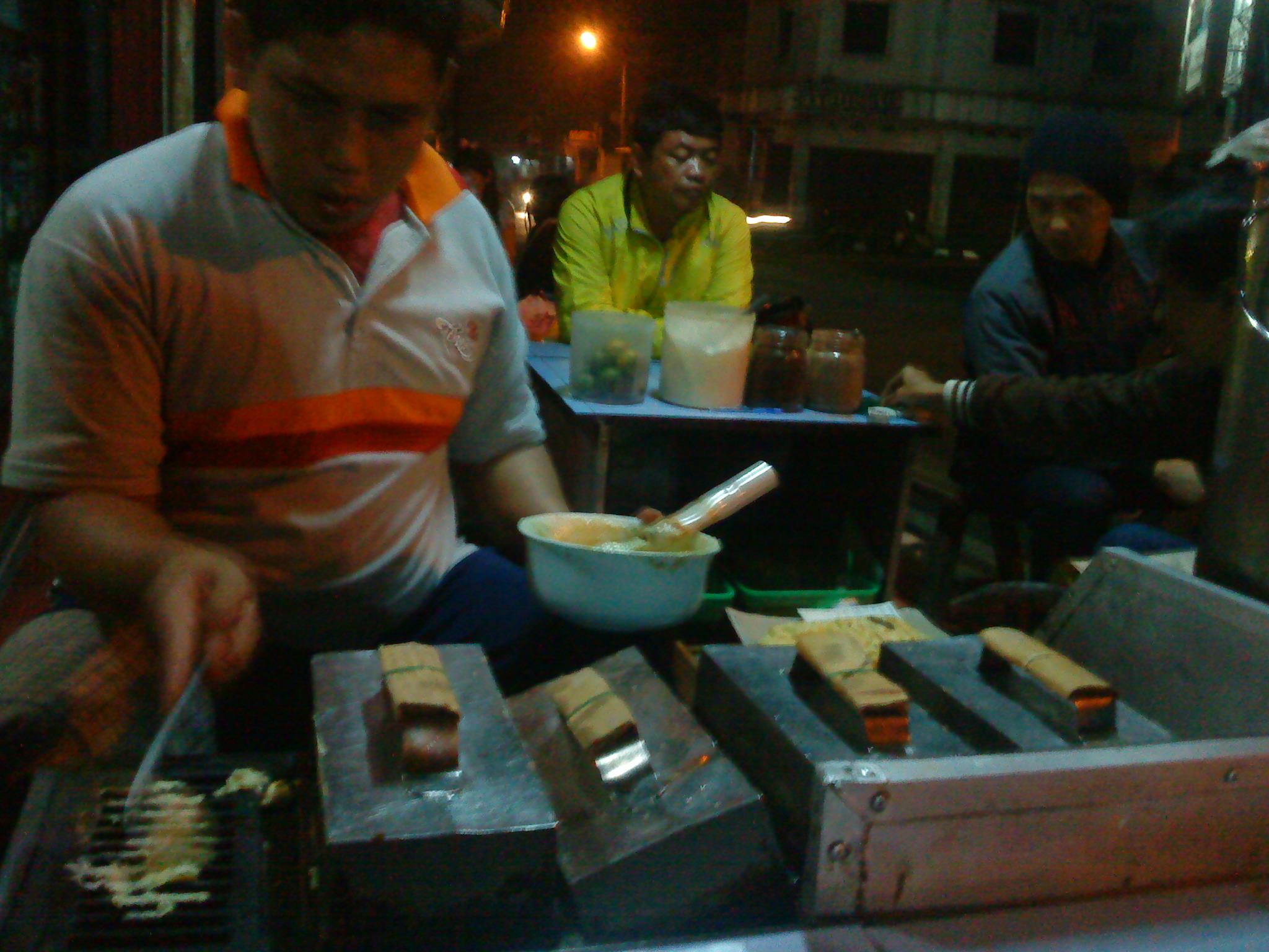 Rekomendasi Kuliner Sukabumi Bandros Ata