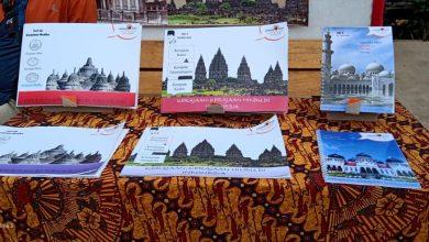 Siswa Sekolah Alam Indonesia Membuat Buku Sendiri