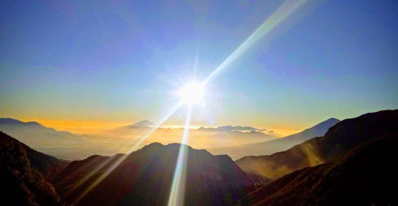 Sunrise nan Indah di Gunung Papandayan