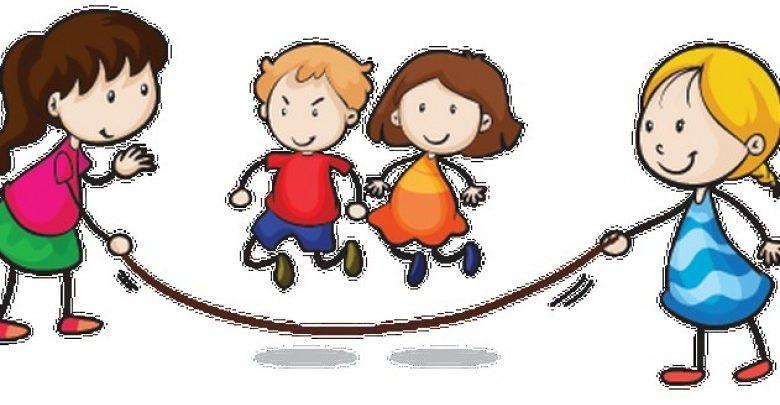 main lompat tali bersama teman-teman