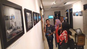 Ketua Pelaksana Pameran Fotografi Menjelaskan tentang Cerita Dibalik Foto
