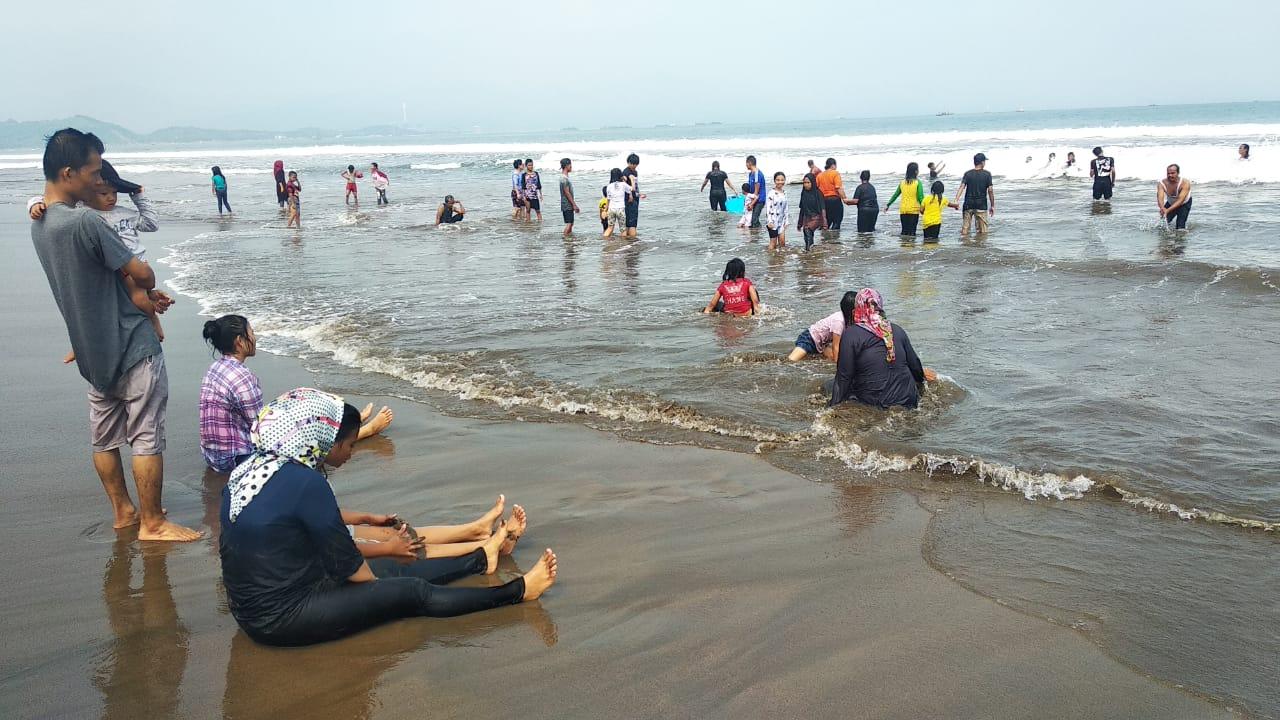 Menjadi Anak Pantai Citepus Palabuhan Ratu Sukabumi