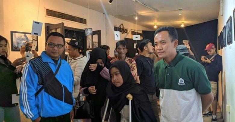 Pameran Fotografi Pendidikan Pelosok Sukabumi Mengundang Ratih anak pelosok dan Para pengajar Sekolah di pedalaman Sukabumi.