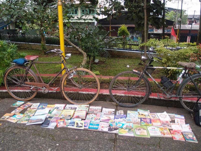 Gerak Penggiat Literasi Ontherl Pustaka Sukabumi