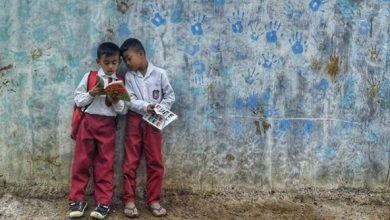 Rumah Baca Bambu Biru Menerima Donasi