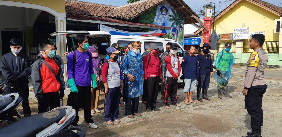 Aparat Desa Bekerjasama Usir Virus Corona dari Sukabumi