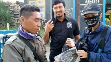 Pemuda Pamacan Cicantayan Sukabumi Membagikan Masker