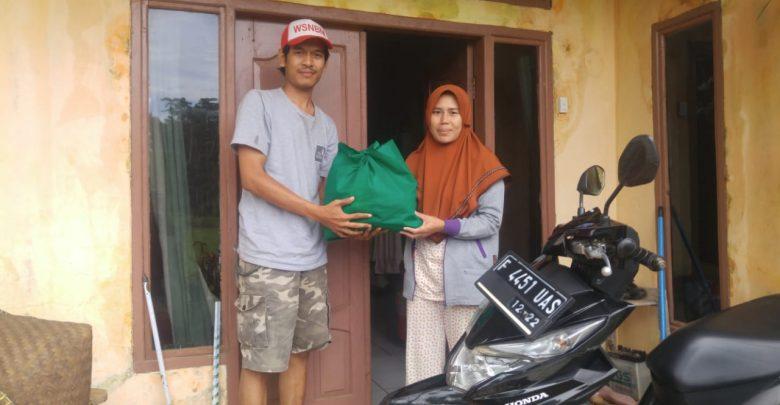 Relawan Sabumi Volunteer Bertemu Langsung dengan Guru Honorer Pelosok Sukabumi