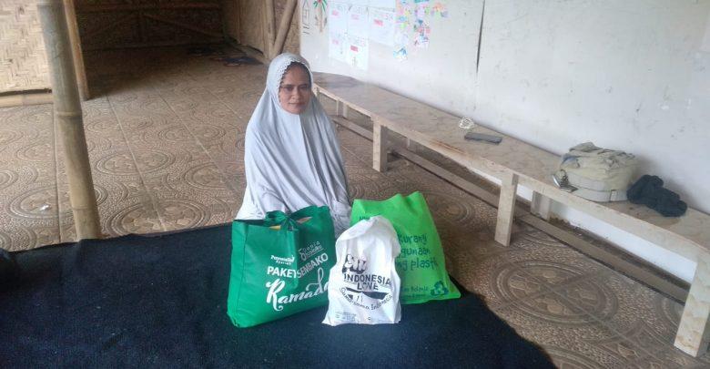 Tahun ini dilakukan kembali donasi Paket Sembako bagi guru honerer Sukabumi