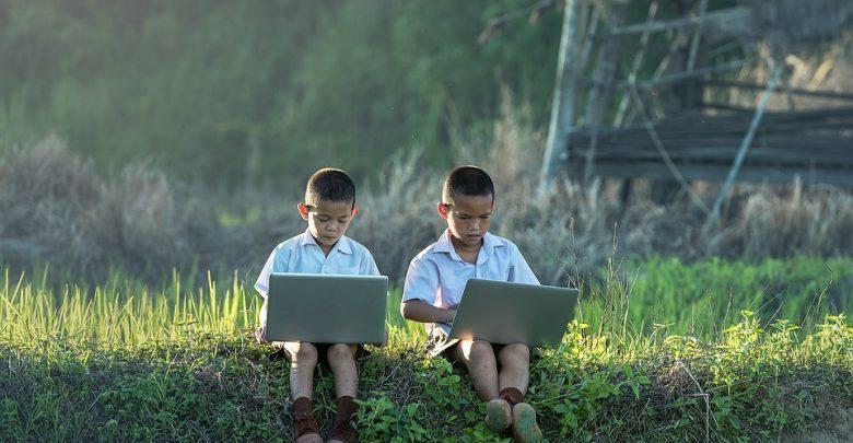 Tips Anak Menonton Youtube