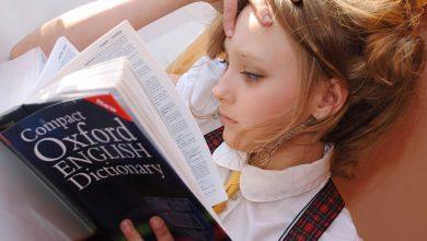 Membesarkan anak bilingual