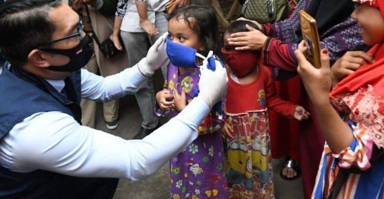 Ridwan Kamil Memberi Saran Anak Pakai Masker ke Luar Rumah