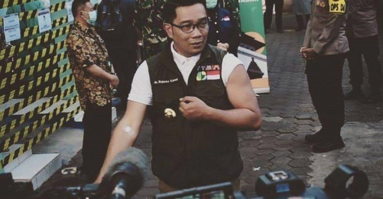 Efek Samping Penyuntikan vaksin COVID-19 ke tangan Ridwan Kamil
