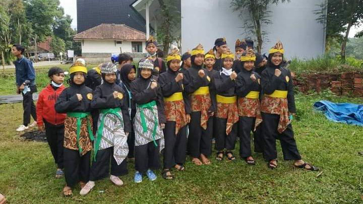 Seluruh Peserta dari Pencak Silat dari Paguron Pancaraga Kampung Ciajati, Cicantayan, Sukabumi