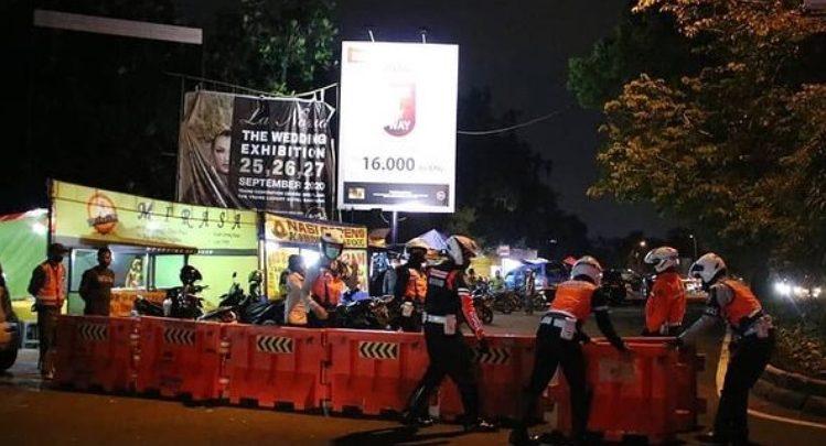Jalan Dipatiukur Bandung Ditutup Karena Zona Merah