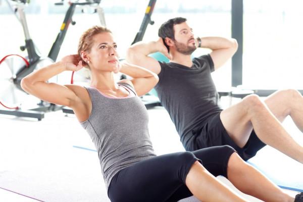 Sit up olahraga mengecilkan perut